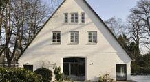 Traditional German farmhouse, Hamburg-Othmarschen