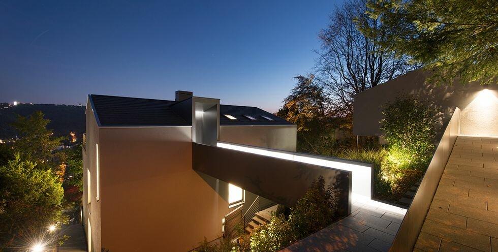 JUNG - Referenzen Haus am Hang, Stuttgart