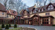 The Schlosshotel Weyberhöfe, Sailauf